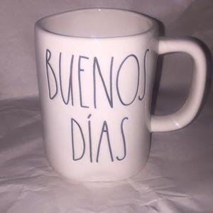 "Rae Dunn Spanish ""BUENOS DÍAS"" mug"